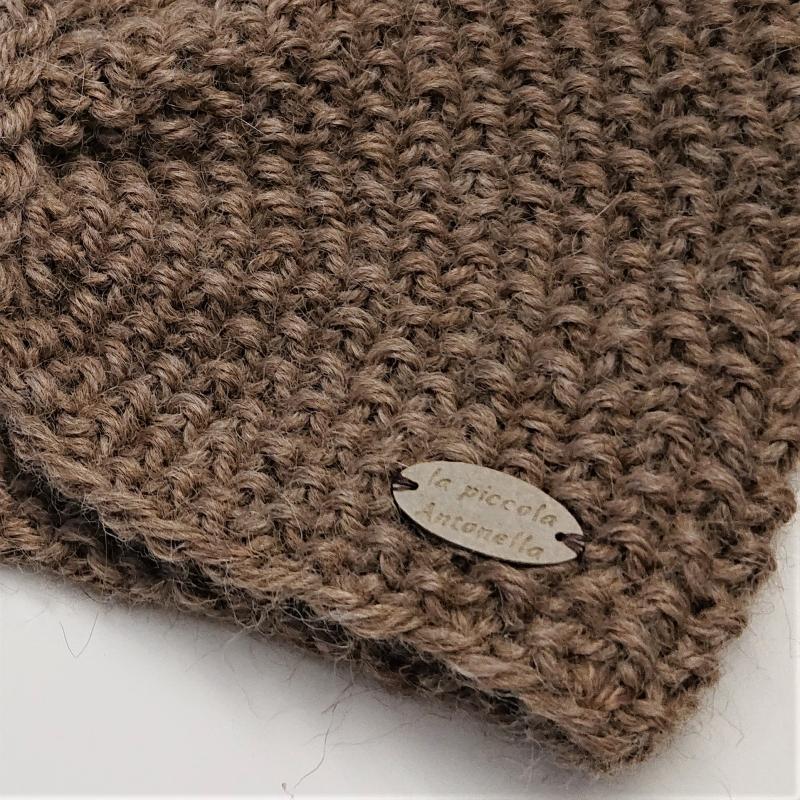 Kleinesbild - Stirnband gestrickt in beige aus 100% Alpaka mit gerafften Twist ,  handgestrickt von la piccola Antonella