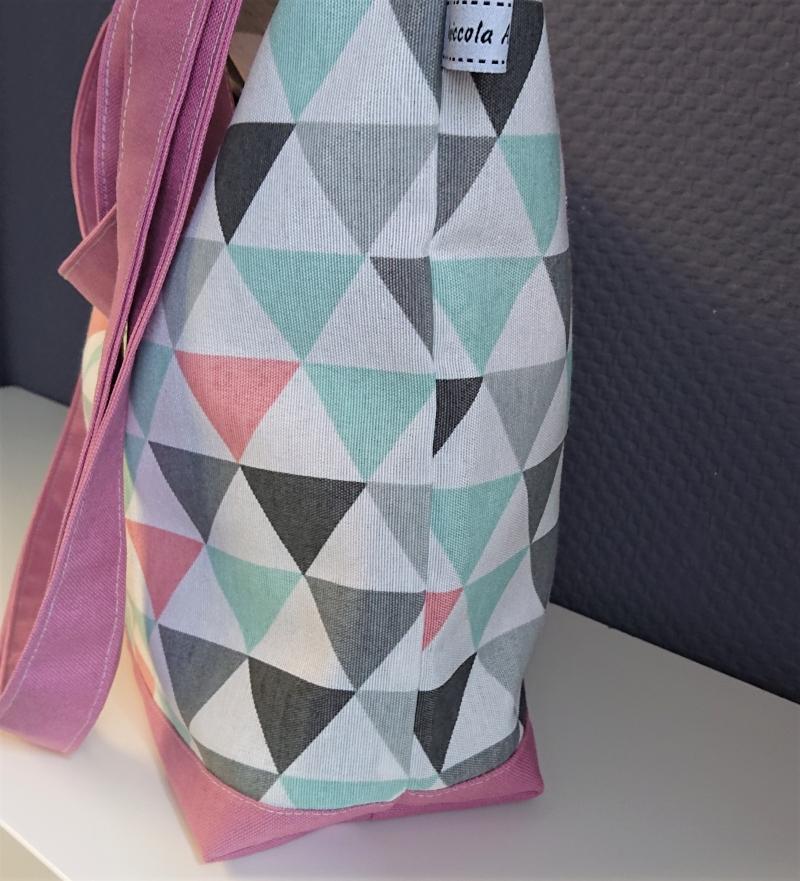 Kleinesbild - Einfacher Shopper, leichte Henkeltasche mit bunten Dreiecken , Einkaufstasche, Beutel , Handmade by la piccola Antonella