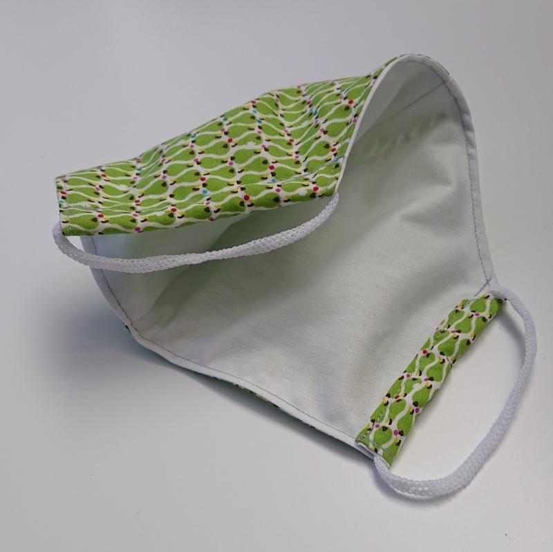 Kleinesbild - Mund - und Nasen - Maske mit Birnen in grün, 2 lagig, dünne Baumwolle , KEIN Virenschutz , handmade by la piccola Antonella