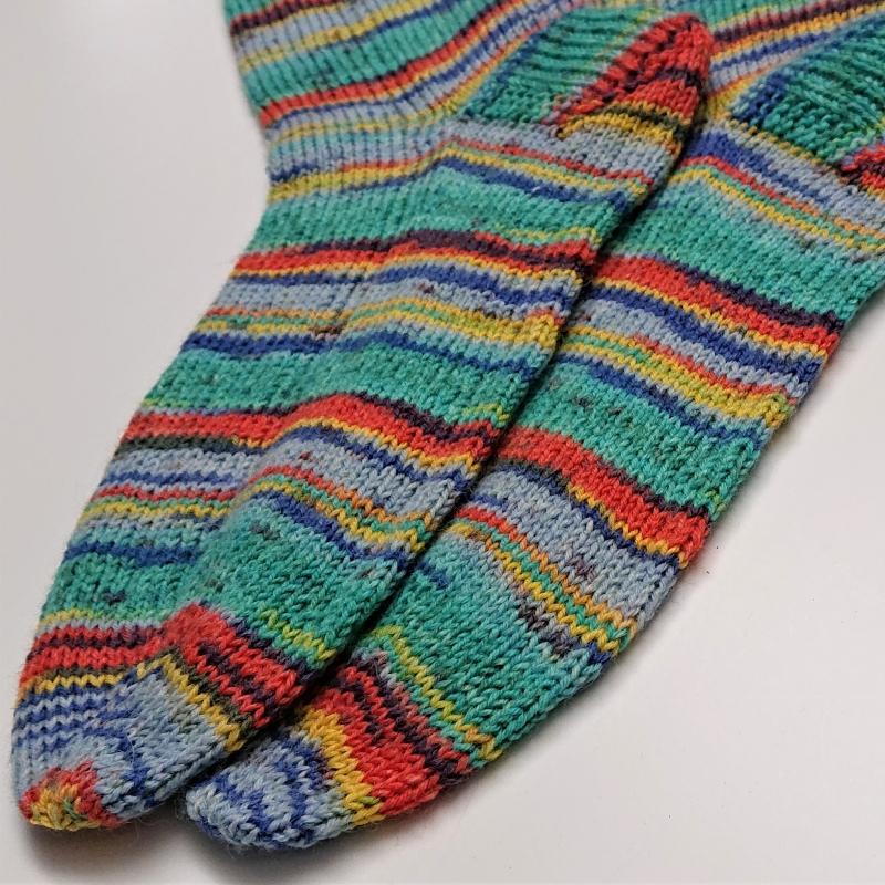 Kleinesbild - Gestrickte bunte Socken für den Mann, Gr. 42/43, Wollsocken, Kuschelsocken, handgestrickt, la piccola Antonella