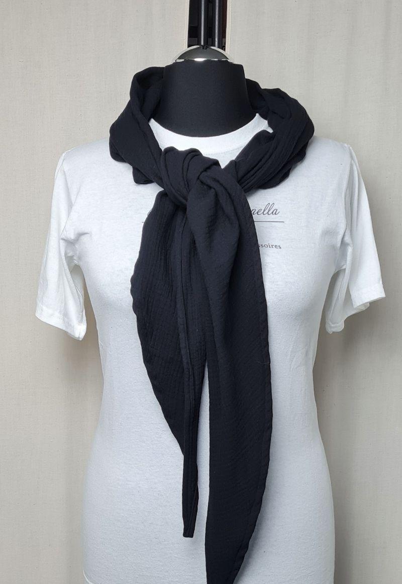 Kleinesbild - Dreieckstuch aus Musselinstoff, Musselintuch in schwarz, leichter Schal, handmade von la piccola Antonella
