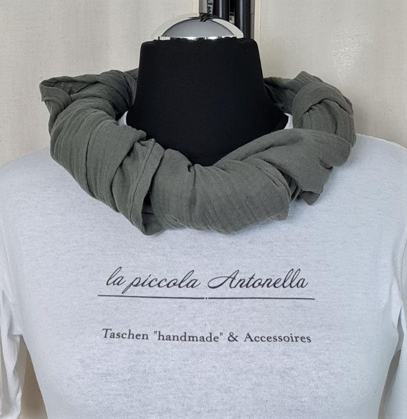 Kleinesbild - Dreieckstuch aus Musselinstoff, Musselintuch in khaki, leichter Schal, handmade von la piccola Antonella