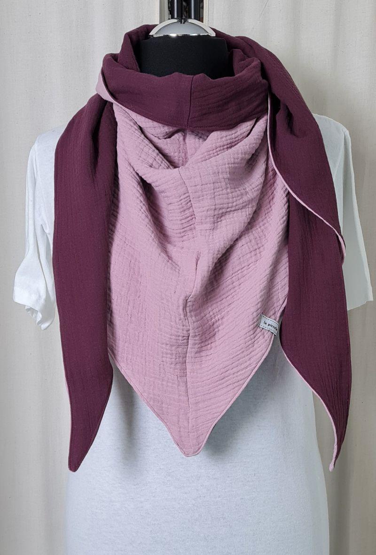- Dreieckstuch aus Musselinstoff in rosa und burgundy, Musselintuch, leichter Schal, handmade von la piccola Antonella  - Dreieckstuch aus Musselinstoff in rosa und burgundy, Musselintuch, leichter Schal, handmade von la piccola Antonella