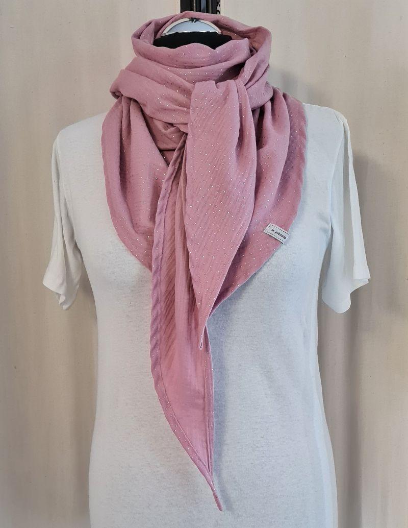 Kleinesbild - Dreieckstuch aus Musselinstoff in rosa mit silbernen Punkten, Musselintuch, leichter Schal, handmade von la piccola Antonella