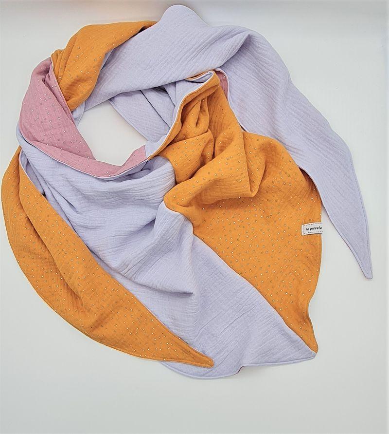 Kleinesbild - Dreieckstuch aus Musselinstoff in gelb rosa hellblau, Musselintuch, leichter Schal, handmade von la piccola Antonella