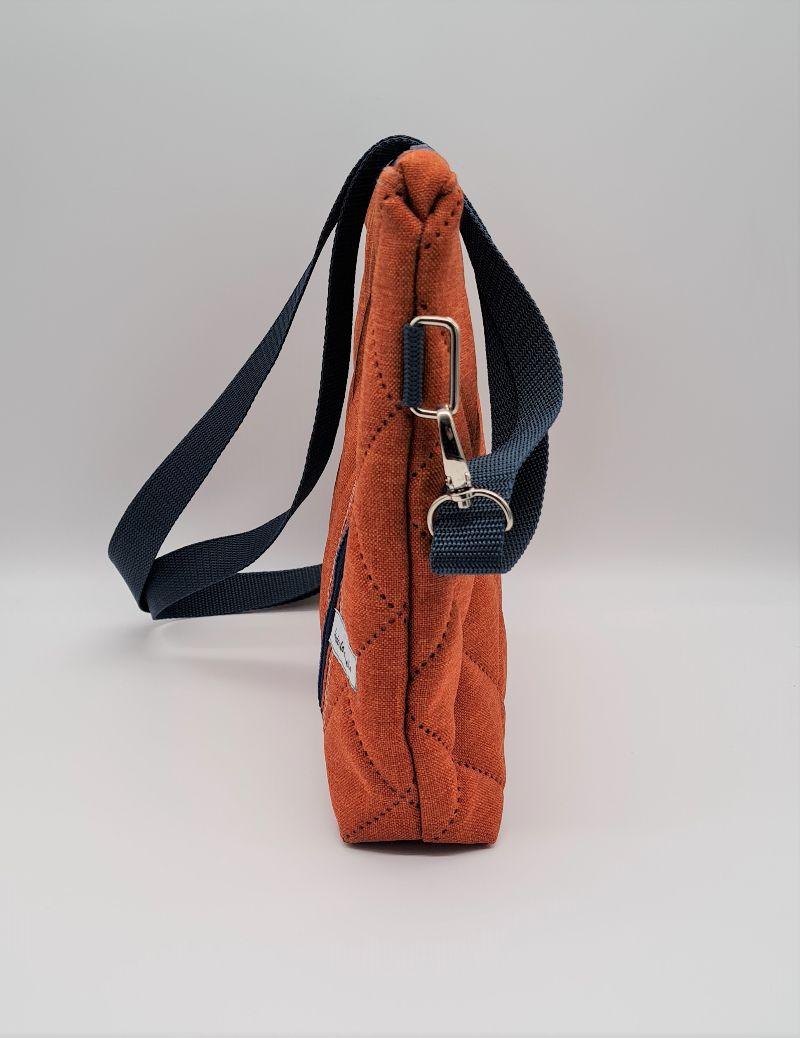Kleinesbild - Umhängetasche kleiner Shopper aus Steppstoff in terracotta orange, handmade by la piccola Antonella