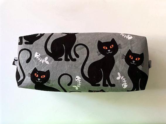 Kleinesbild - großer Faulenzer, Stifte-Mäppchen mit 2 Fächern, Utensilo, Taschenorganizer, Katzenmotive, ca. 20 x 8 x 8cm (Kopie id: 100241086)
