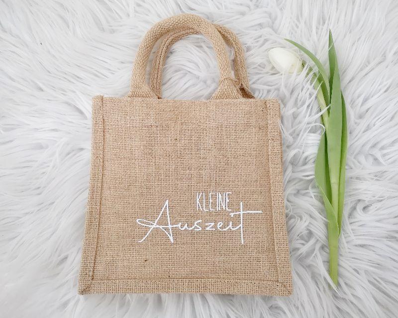 Kleinesbild - Jutetasche, Geschenktasche mit Aufschrift Kleine Auszeit, nachhaltige Geschenkverpackung
