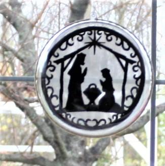 Kleinesbild - Fensterschmuck,- Weihnachtsfensterschmuck,- Kugelkrippenbild,- Weinachtsdeko,-Stickbild Scherenschnitt