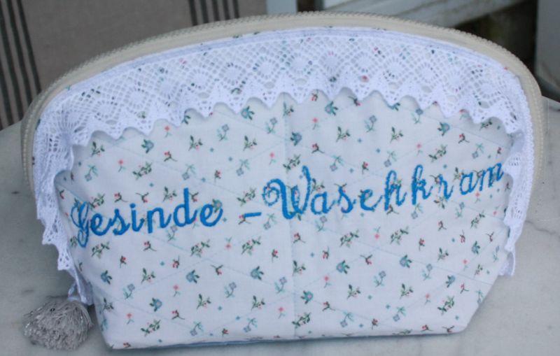 Kleinesbild - Damen Kulturbeutel,- Kosmetiktasche,- Reise-Waschtasche,- Badetasche,- Kosmetik- Bag,- Größe: 34 x 20 x 15 cm