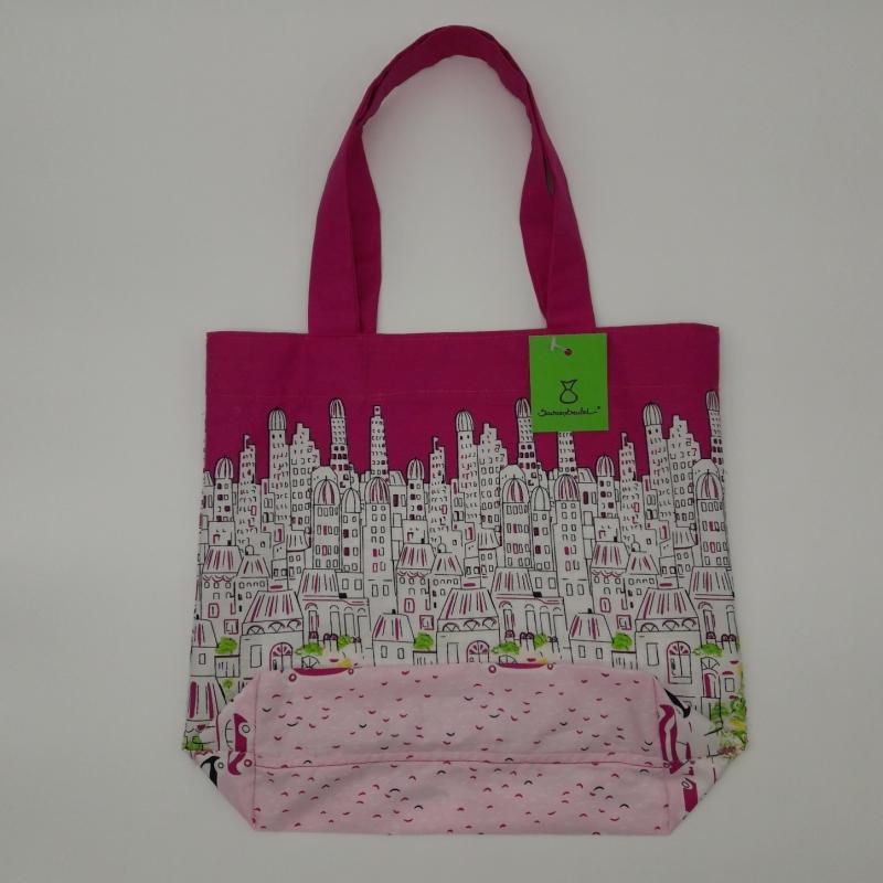 - pinker Stoffkinderbeutel mit Motiv Skyline und Autos - pinker Stoffkinderbeutel mit Motiv Skyline und Autos