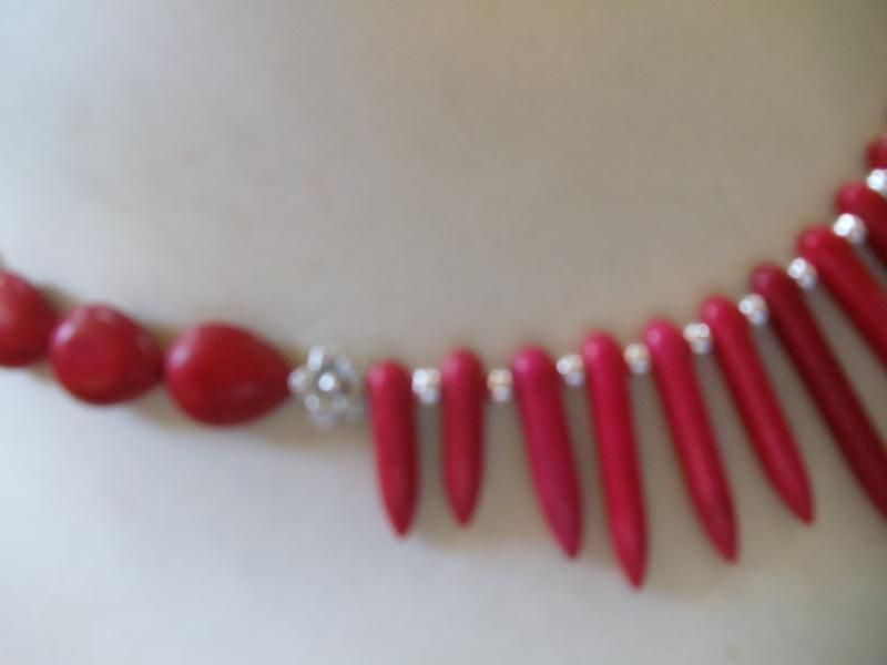 Kleinesbild - Anna rote Howlith Stäbe eingefärbt mit Korallenoliven Hippie Ethno Stil