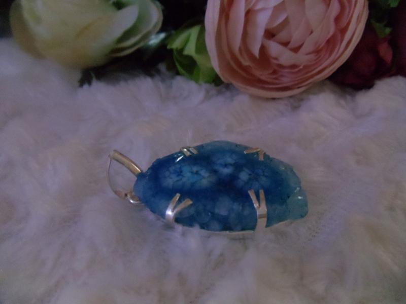 Kleinesbild - Blauer Solardrüsen Stein in Silber eingefasst Jewelry