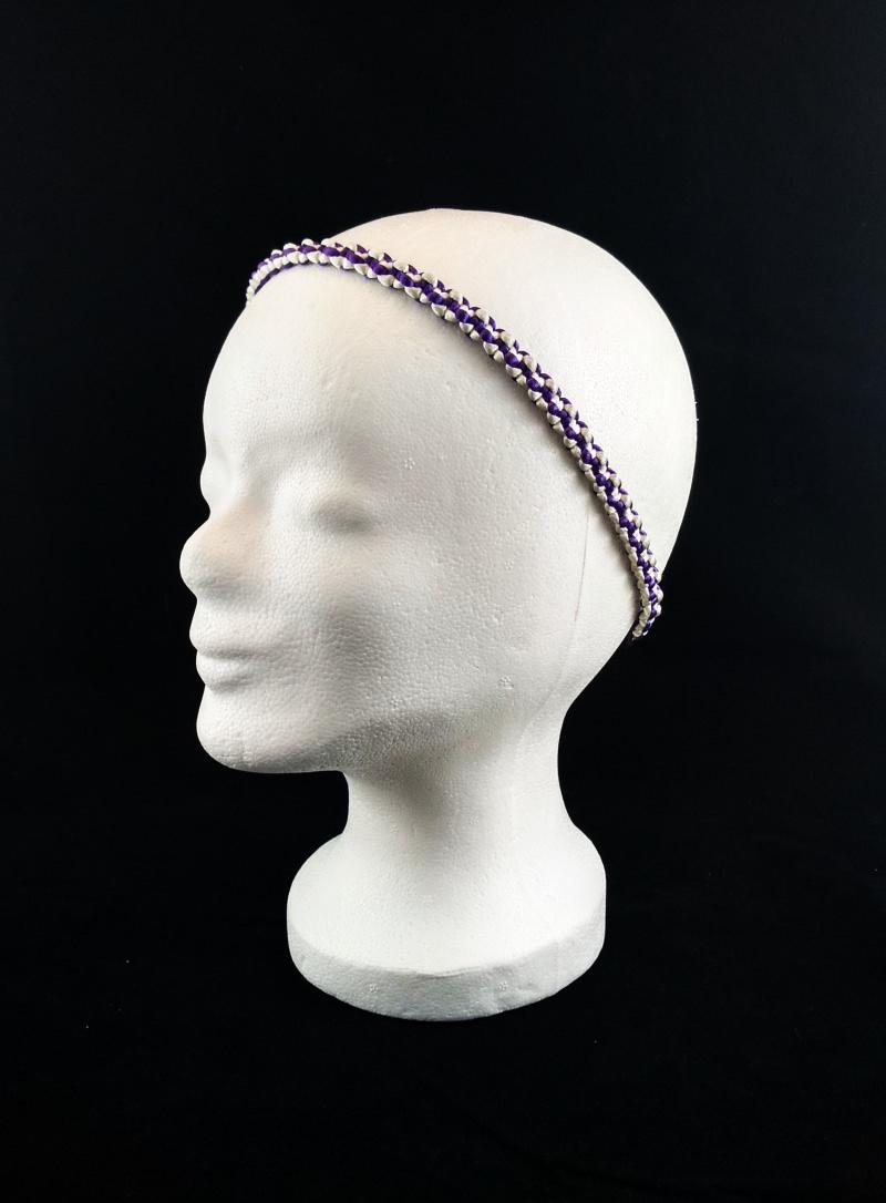 Kleinesbild - Haarband größenverstellbar für Erwachsene und Kinder weiß und lila handmade Makramee kaufen