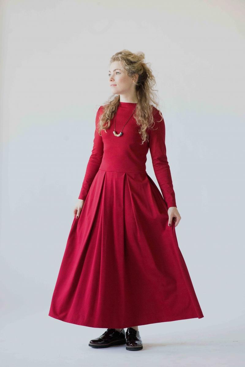 rotes langes kleid mit langen ärmeln 9b51de