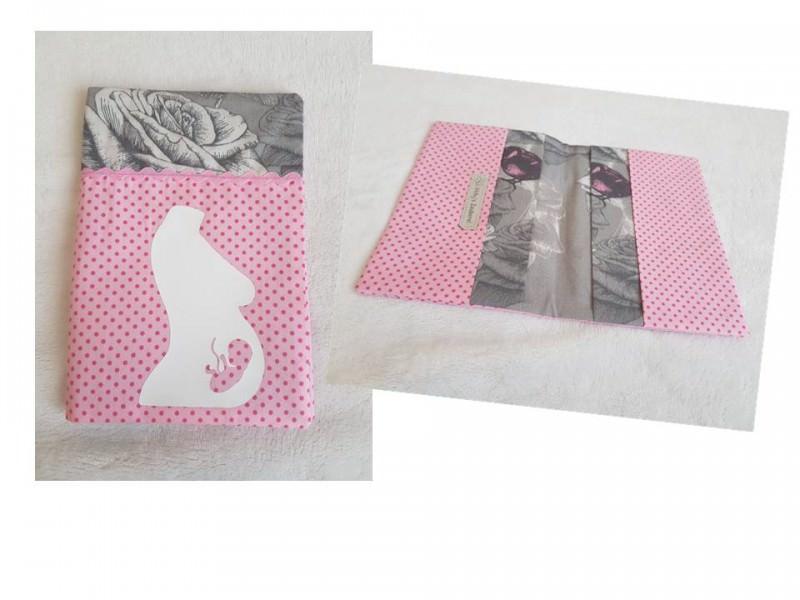 - Handgefertigte Mutterpasshülle aus Stoff schönem Baumwollstoff - Handgefertigte Mutterpasshülle aus Stoff schönem Baumwollstoff