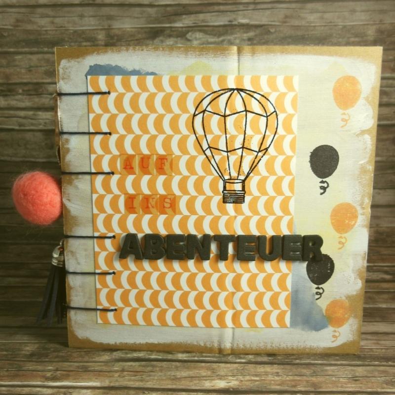 - Erinnerungsbuch mit Coptic-Stitch-Bindung Reise mit Ballons in Orange, Blau, Rot, Grün, Grau und Weiß - Erinnerungsbuch mit Coptic-Stitch-Bindung Reise mit Ballons in Orange, Blau, Rot, Grün, Grau und Weiß
