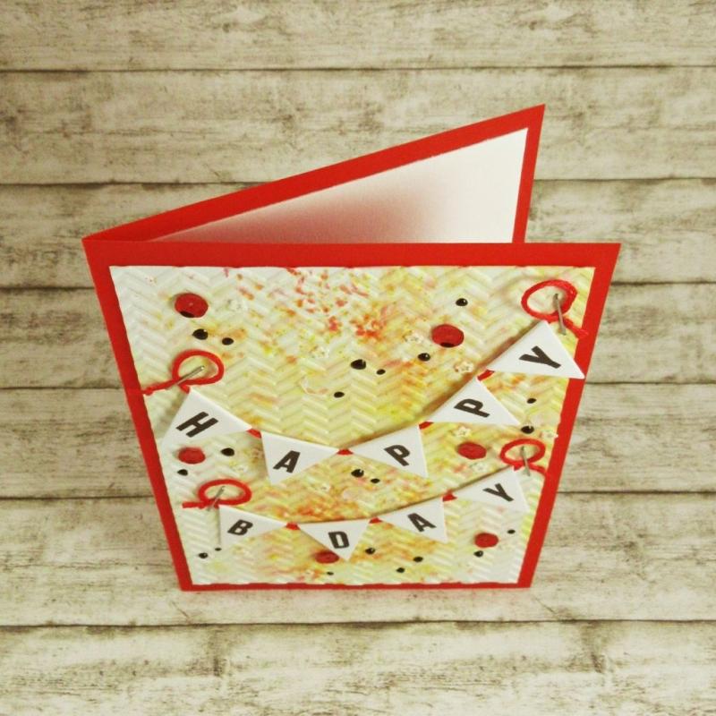Kleinesbild - Handgemachte Klappkarte zum Geburtstag mit Wimpelgirlanden, Pailletten und Dots in Rot und Orange Din A6