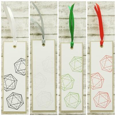 - Handgemachtes Lesezeichen aus Papier mit W20 Rollenspiel Würfel in Wunschfarbe - Handgemachtes Lesezeichen aus Papier mit W20 Rollenspiel Würfel in Wunschfarbe