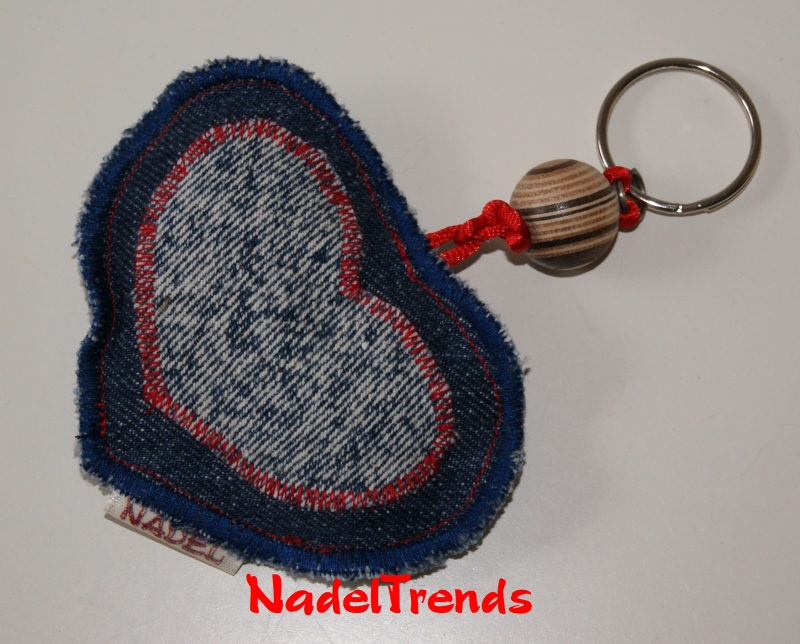 Kleinesbild - Herzanhänger als Schlüsselanhänger oder Taschenbaumler