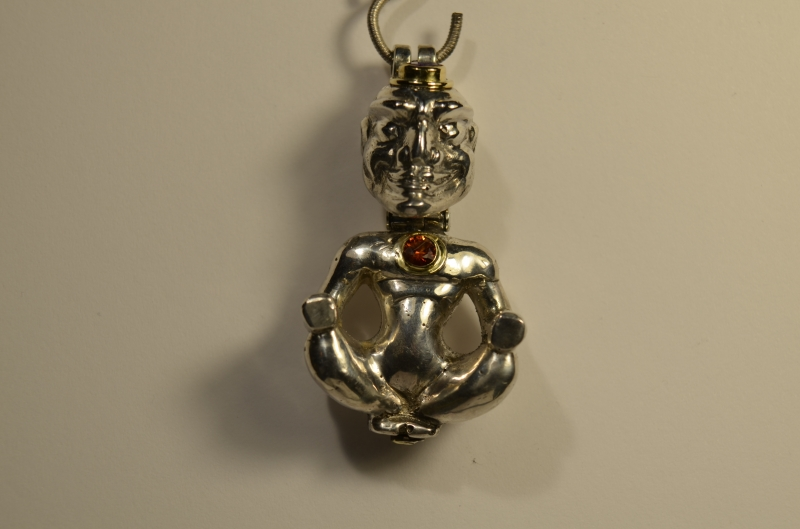 - Handgefertigte massive Silberfigur mit Amethyst und Saphir Nr 34 - Handgefertigte massive Silberfigur mit Amethyst und Saphir Nr 34