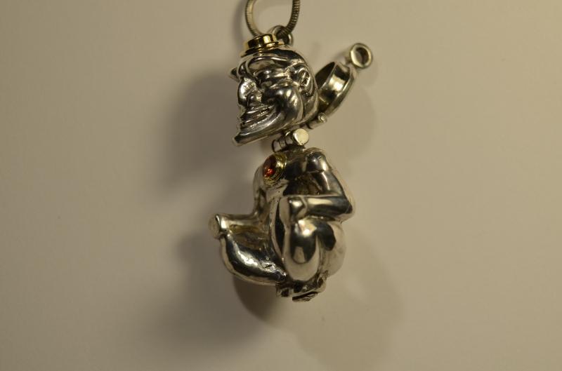 Kleinesbild - Handgefertigte massive Silberfigur mit Amethyst und Saphir Nr 34