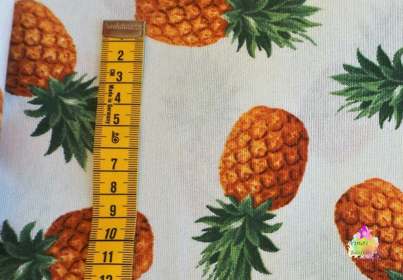 Kleinesbild - Stoff Baumwoll Digitaldruck Ananas weiß 50 cm