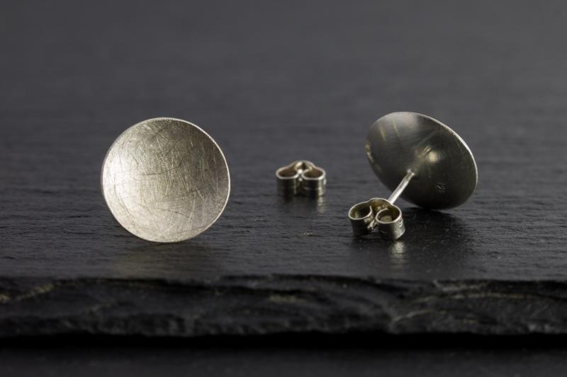- Ohrstecker Dot | 925 Silber | gewölbt & gebürstet | verschiedene Größen - Ohrstecker Dot | 925 Silber | gewölbt & gebürstet | verschiedene Größen