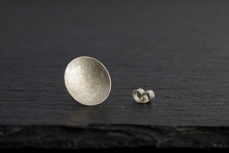 Kleinesbild - Ohrstecker Dot | 925 Silber | gewölbt & gebürstet | verschiedene Größen