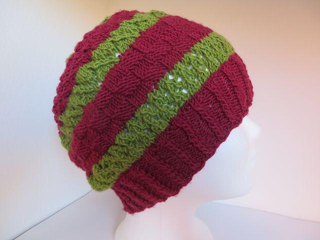- handgestrickte Mütze  - handgestrickte Mütze