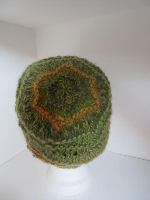Kleinesbild - Mütze gestrickt