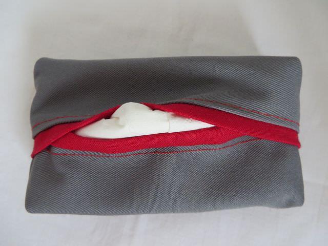 Kleinesbild - Tatüta dunkelgrau mit rotem Innenfutter