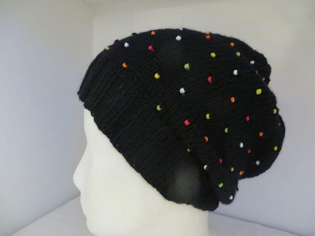 - Mütze mit bunten Perlen aus 100 Prozent Merino  Onesize Unikat - Mütze mit bunten Perlen aus 100 Prozent Merino  Onesize Unikat