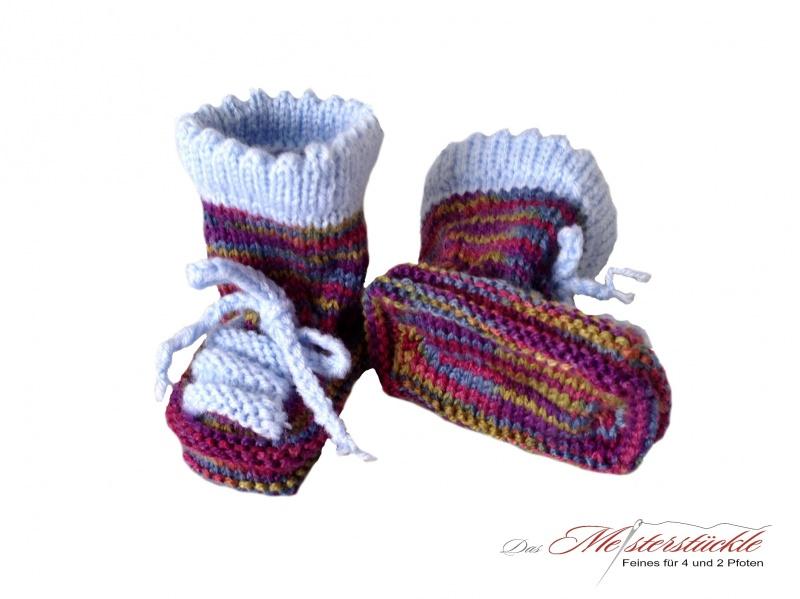 Kleinesbild - handgestrickte Babyschuhe Babysocken Coole Treter für kleine Füße