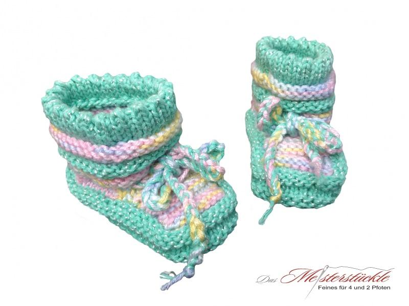 Kleinesbild - handgestrickte Erstlingsschuhe Babysocken My first socks Babys first socks mintfarben mit pastell