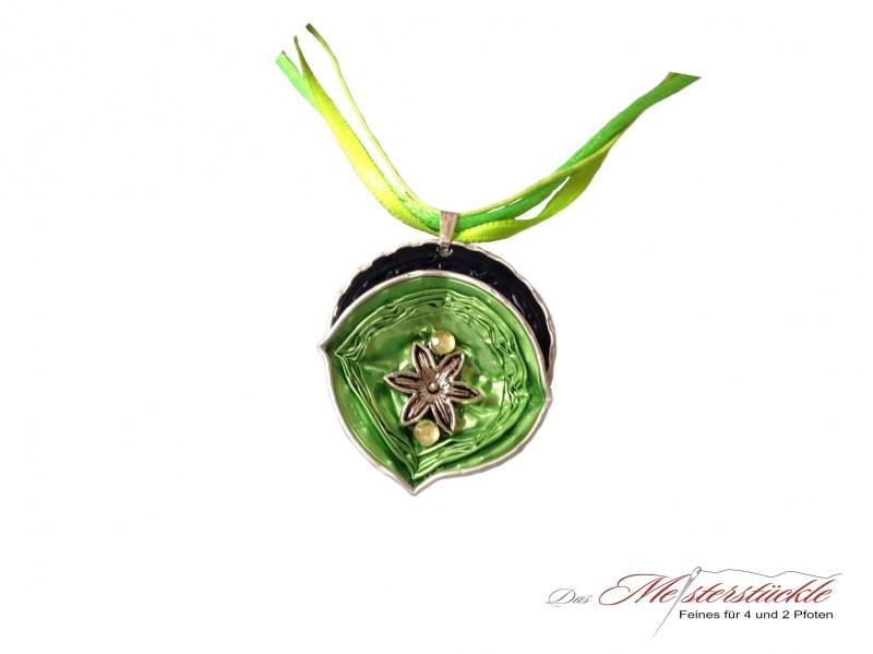 Kleinesbild - Halsreif Aluschmuck Medallion Trachtenkette hellgrün dunkelblau necklace