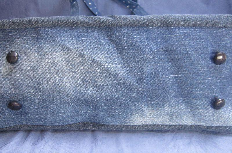 Kleinesbild - auslaufsichere Strandtasche, Schwimmtasche, Saunatasche, Sporttasche, Markttasche, Jeans Upcycling Patchwork, Handarbeit