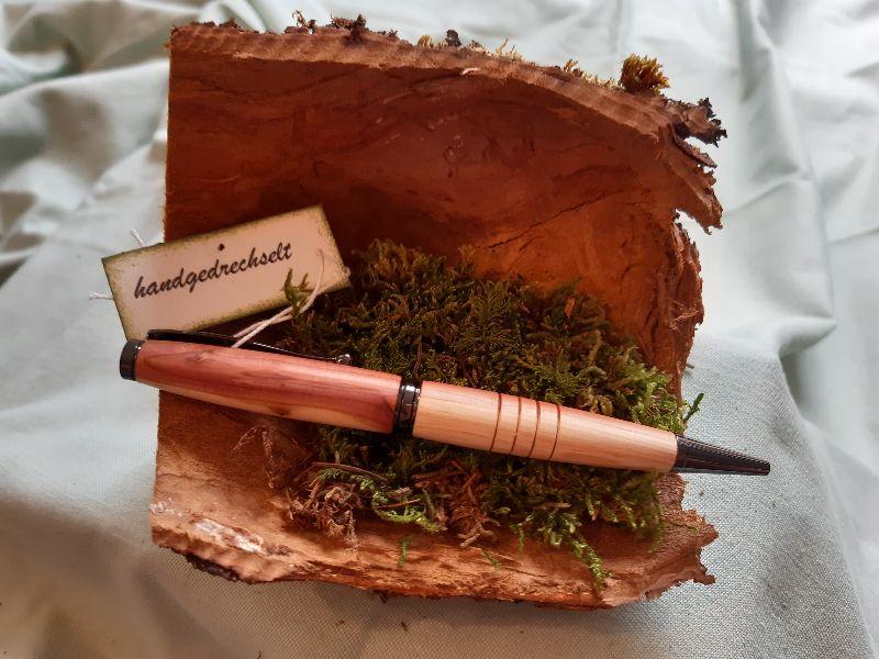 - Thujenholz-Kugelschreiber, handgedrechselt, Unikat  - Thujenholz-Kugelschreiber, handgedrechselt, Unikat