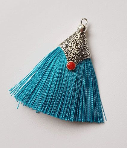 - 2 Tasseln Quasten Tibet mit Metalleinfassung türkisblau - 2 Tasseln Quasten Tibet mit Metalleinfassung türkisblau