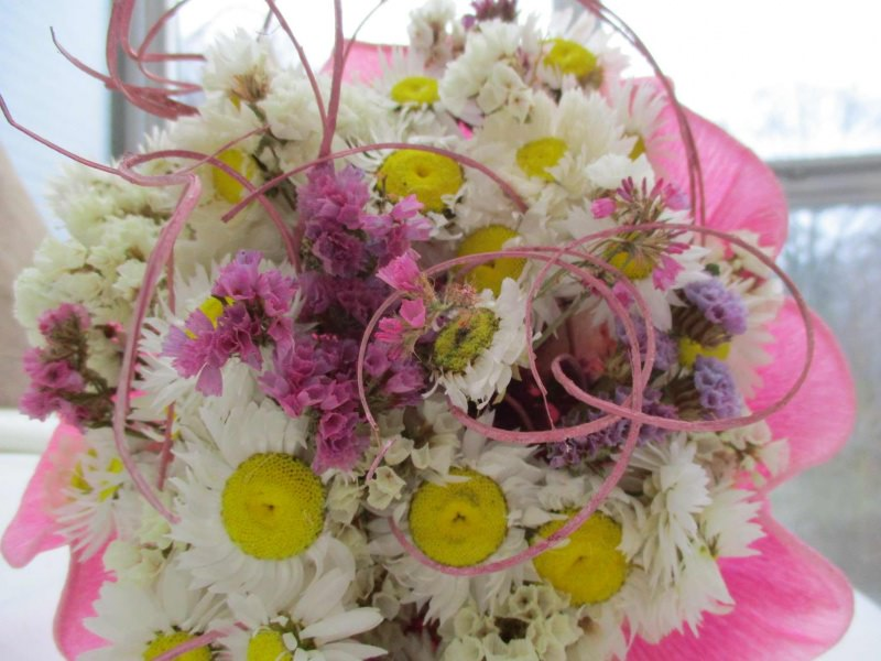 Kleinesbild - Trockenblumenstrauß in weiß und rosa, 20cm