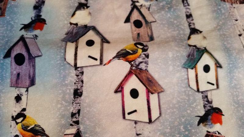 Kleinesbild - Schlauch-Schal - Motiv: Wintervögel und Vogelhäuschen
