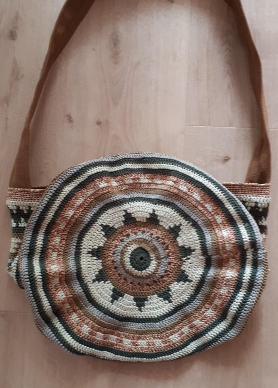 Kleinesbild - handgehäkelte Baumwolltasche im BOHO - Stil