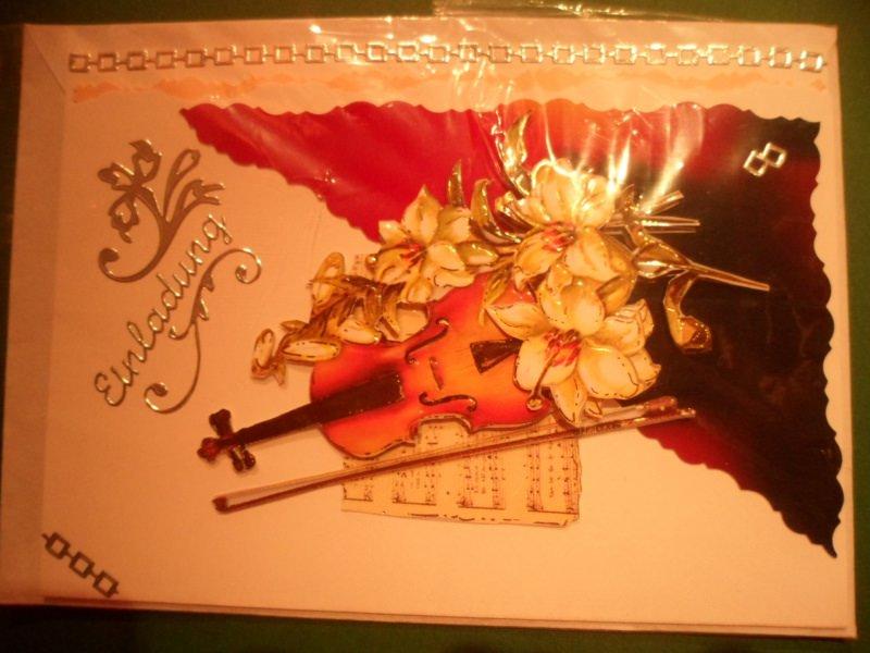 Kleinesbild - Einladung zum Konzert?, Oper? usw. da liegst du mit der Geige und den Blumen gerade richtig. Bis 6 Karten Portogebühren 1,45€