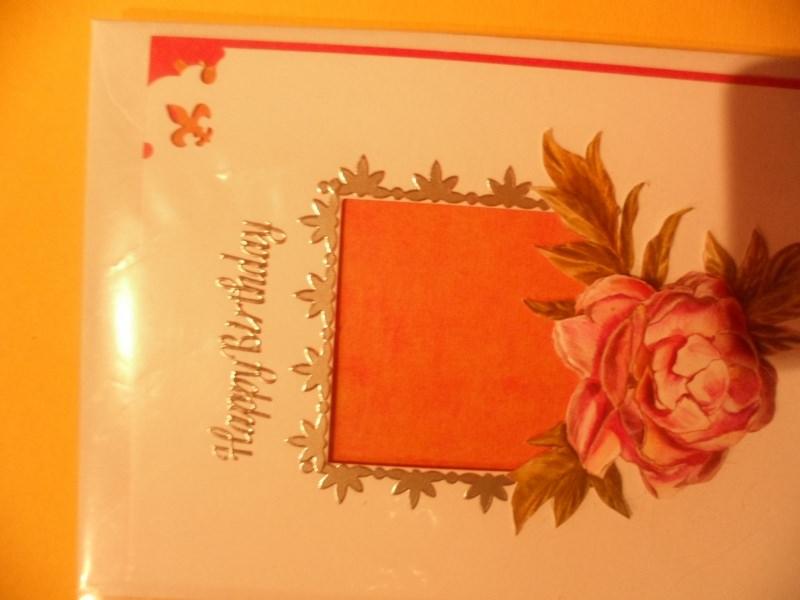 Kleinesbild - Einfache Karte zum Geburtstag mit Silberner Schrift Happy Birthday und Umrandung. Bis 6 Karten Portogebühren 1,45€