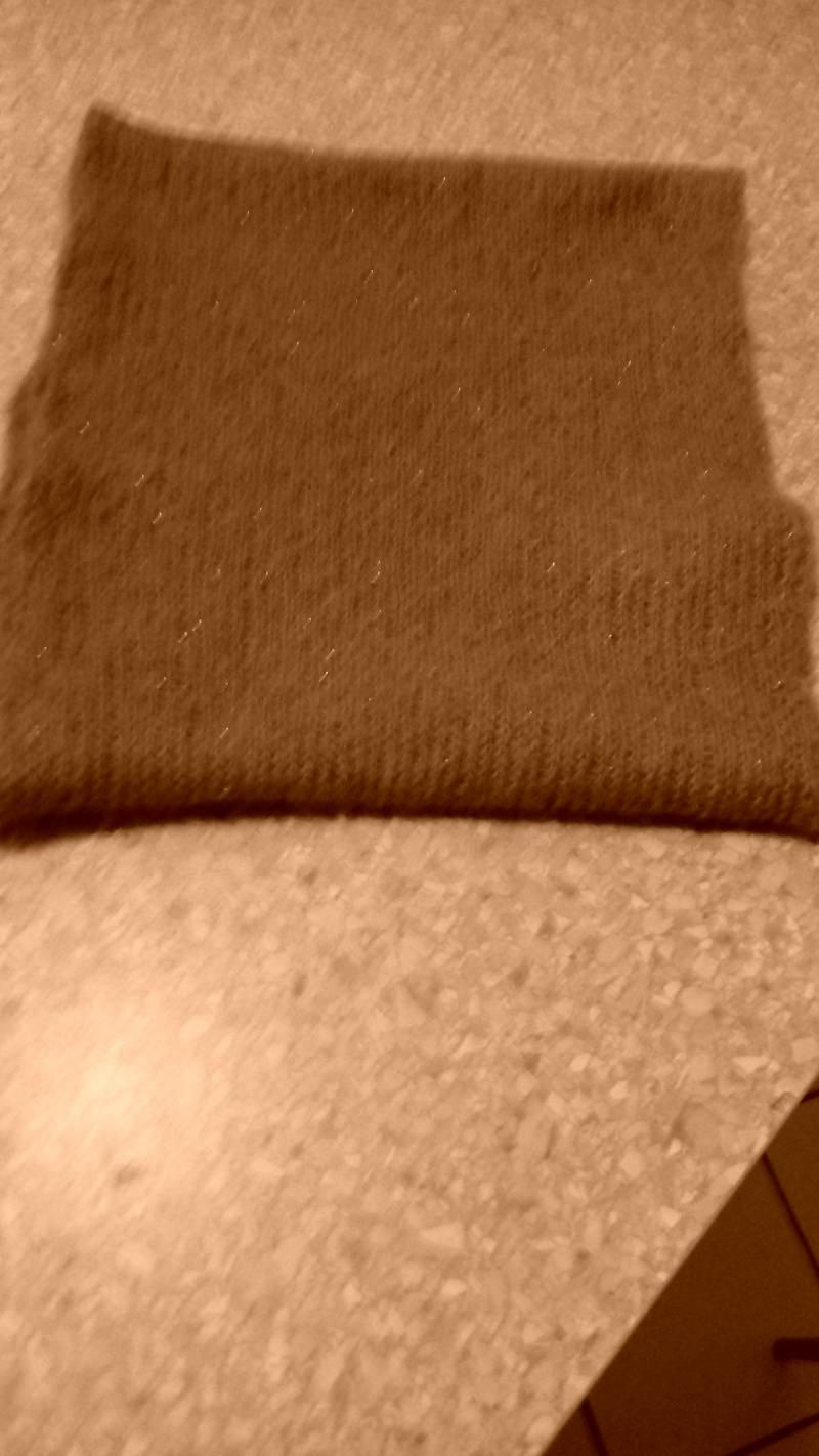 Kleinesbild - Loop aus Wolle und Alpaka mit Lace Pearls oder Pailetten