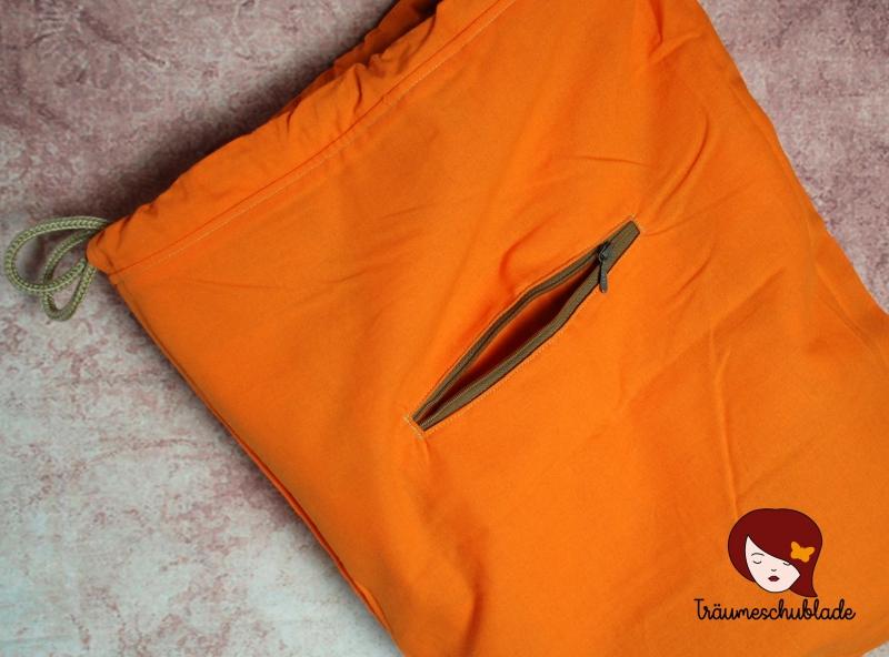 Kleinesbild - Großer robuster Turnbeutel, Rucksack mit Kordelzug aus Polsterstoff, Kunstleder, Tartan Optik, creme, hellblau, hellgrün, grau, orange