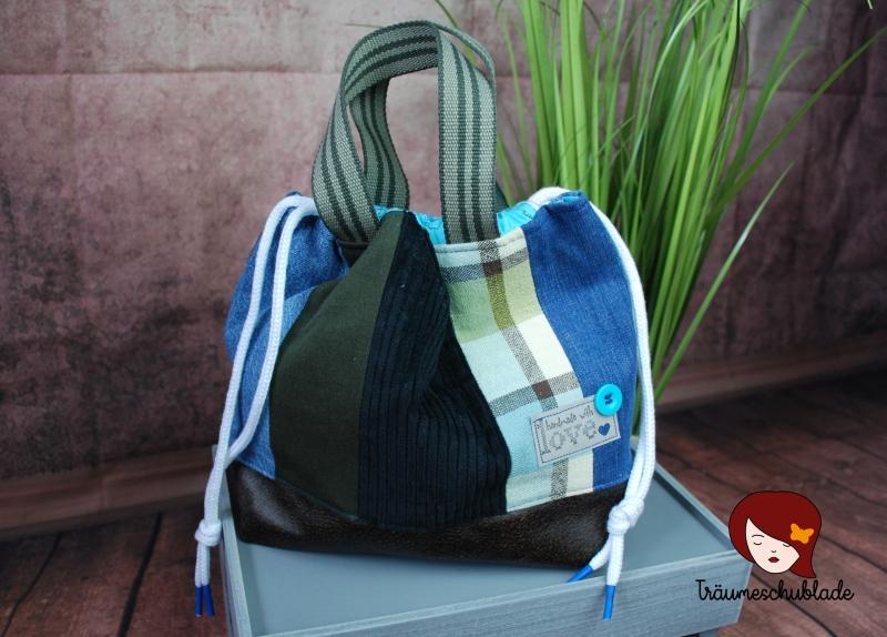 - Handarbeit Projekt Tasche Bunt mit Kordelzug Patchwork Upcycling blau, grün, schwarz, braun - Handarbeit Projekt Tasche Bunt mit Kordelzug Patchwork Upcycling blau, grün, schwarz, braun