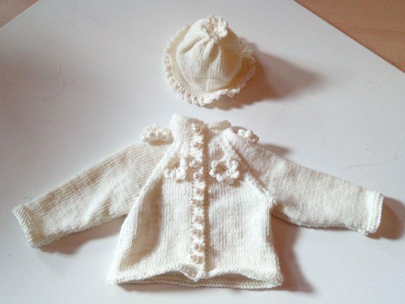 Kleinesbild - Babyjacke und Mützchen für Mädchen 0-3 Monate