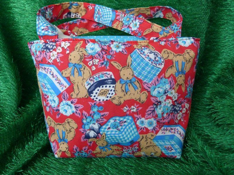 - Ostertasche - kleine Einkaufstasche rot mit braunen Hasen - Ostertasche - kleine Einkaufstasche rot mit braunen Hasen