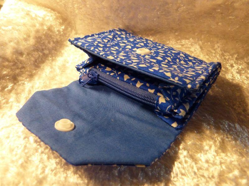Kleinesbild - kleiner Geldbeutel von mir genäht und geliebt - blau mit weiß